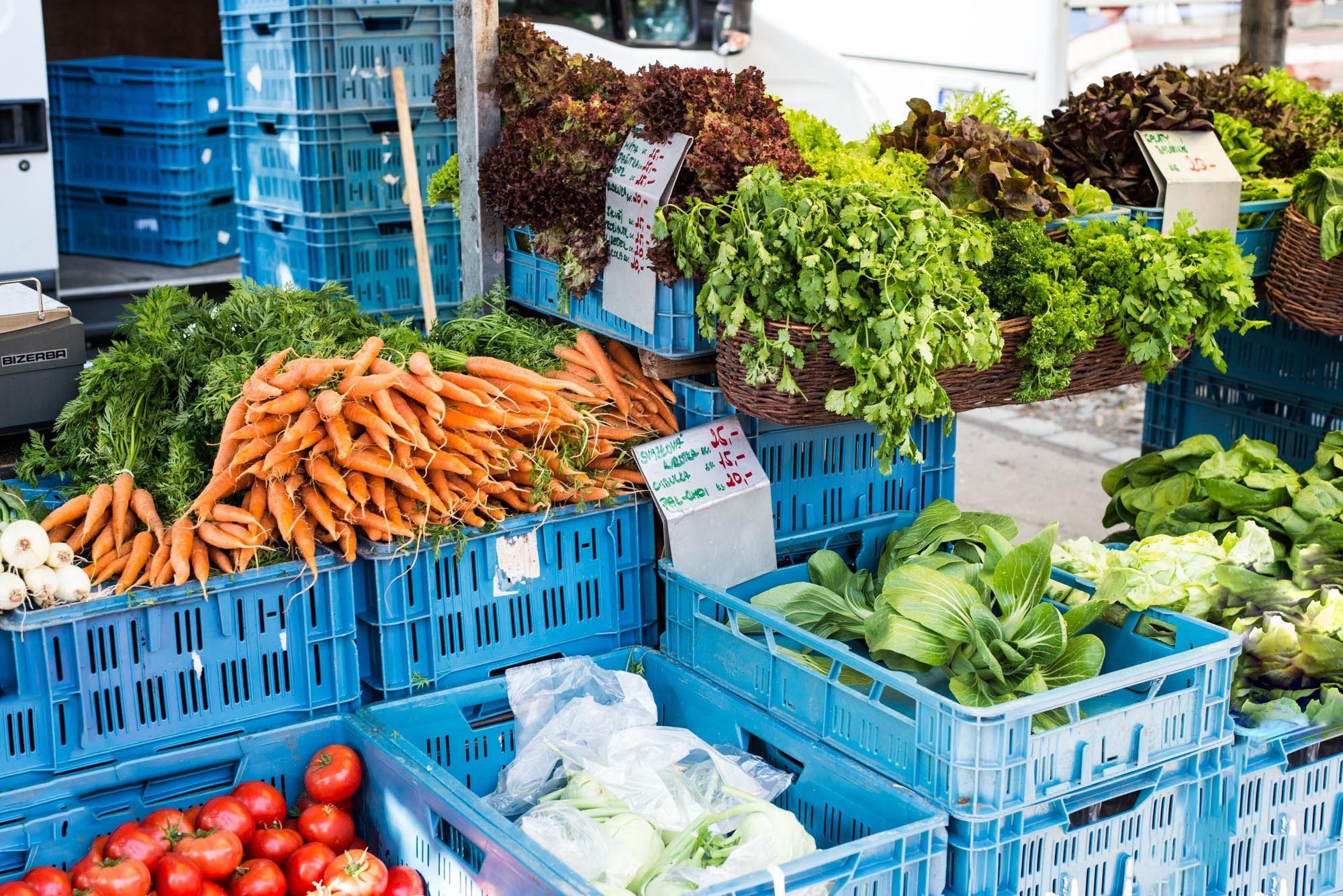 Jiriho z Podebrad farmers market prague