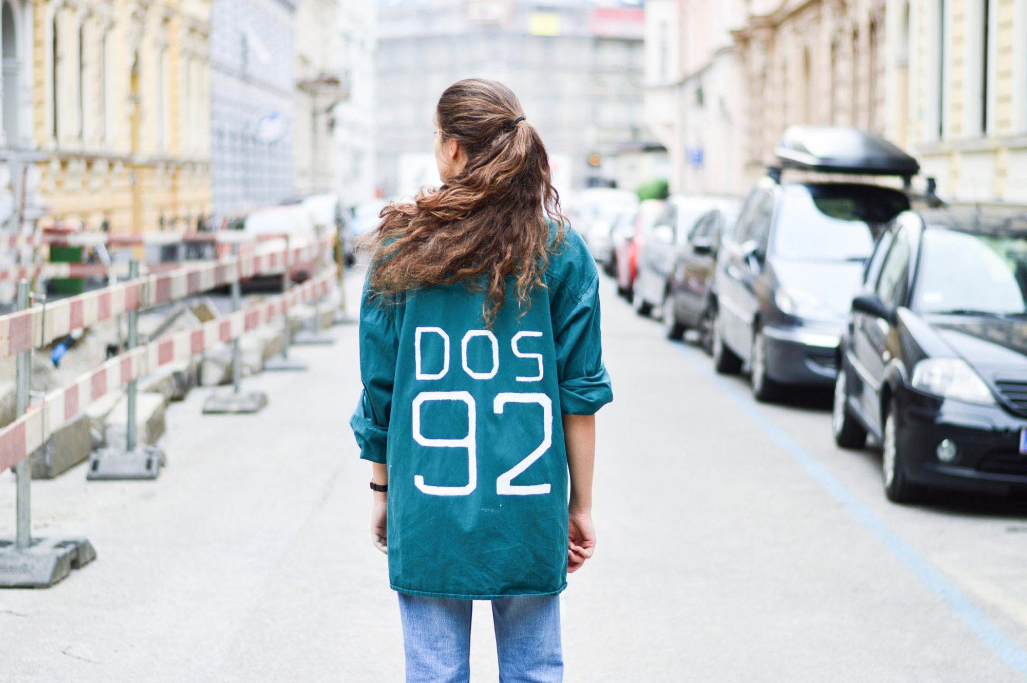 vintage mom jeans customized shirt Dogdays of Summer Vintage Onlineshop Graz