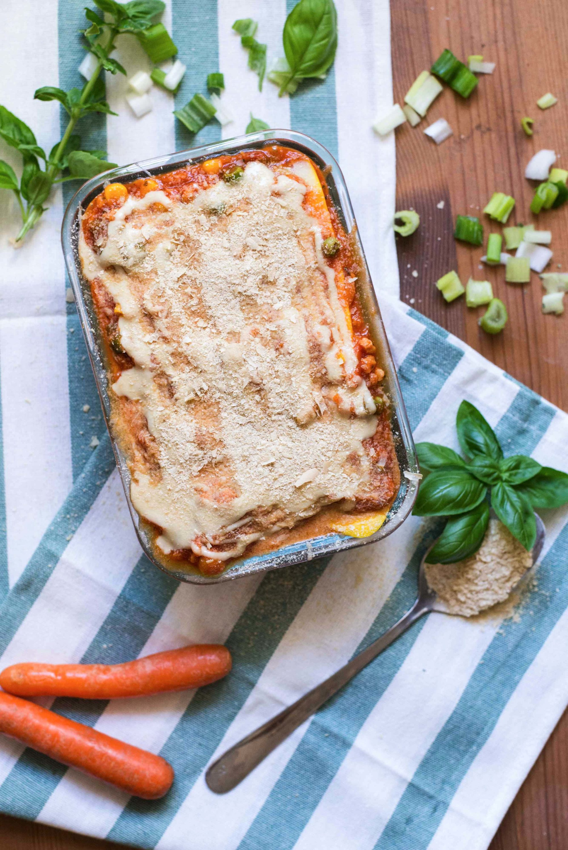 halb roh vegan lasagne gemüselasagne gesund gluten-frei low carb zucchini food blog österreich graz vegetarisch