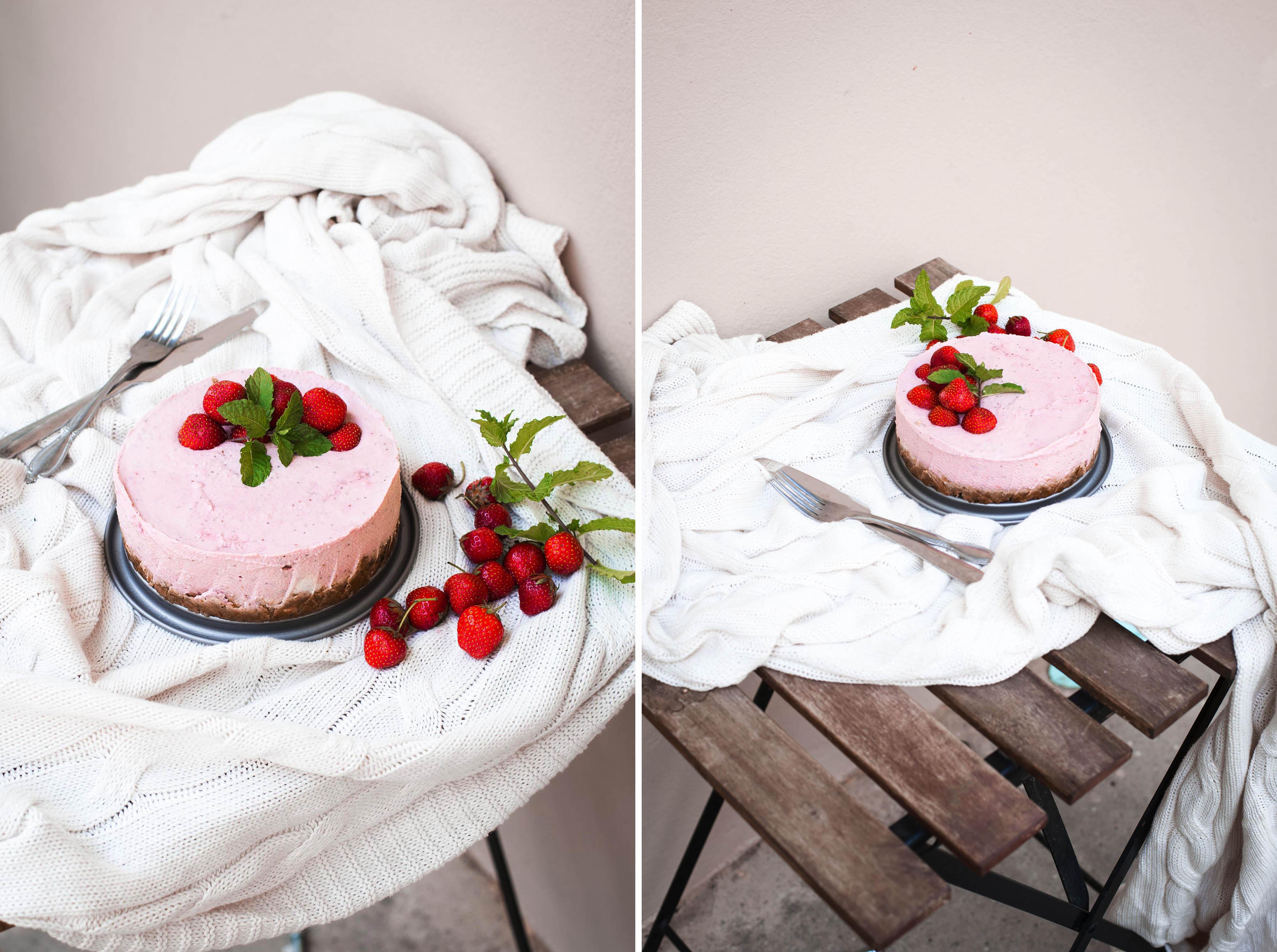 Roh veganer Erdbeer Cheesecake Käsekuchen Cashews Walnüsse Beeren Heidelbeeren Himbeeren