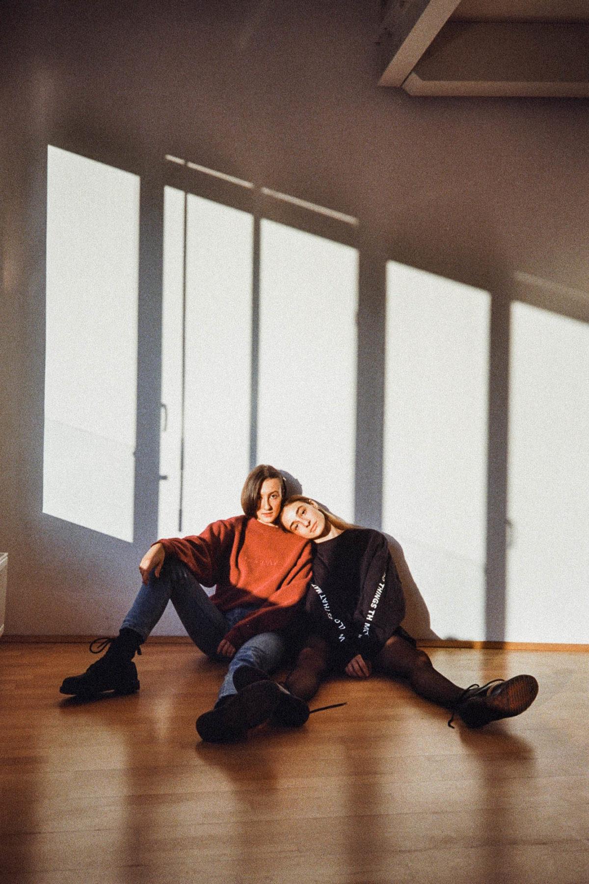 Valerie Kohrgruber und Susanna Vierthaler in DGDS by Dogdays Vintage.