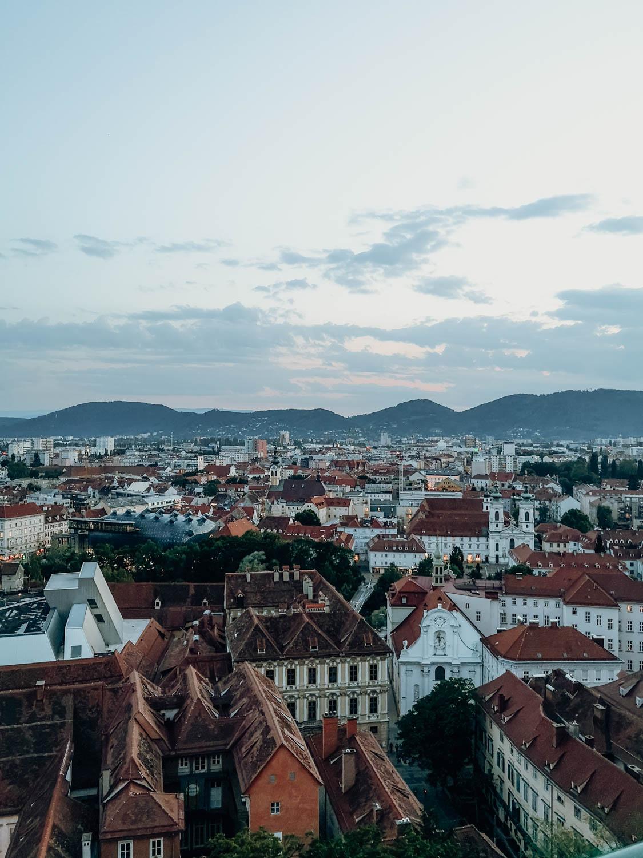 Ein Wochenende in Graz – dein Local Guide. Sonnenuntergang am Schlossberg