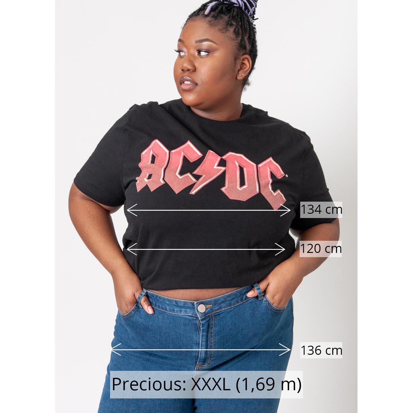 Models Größe XL oder größer