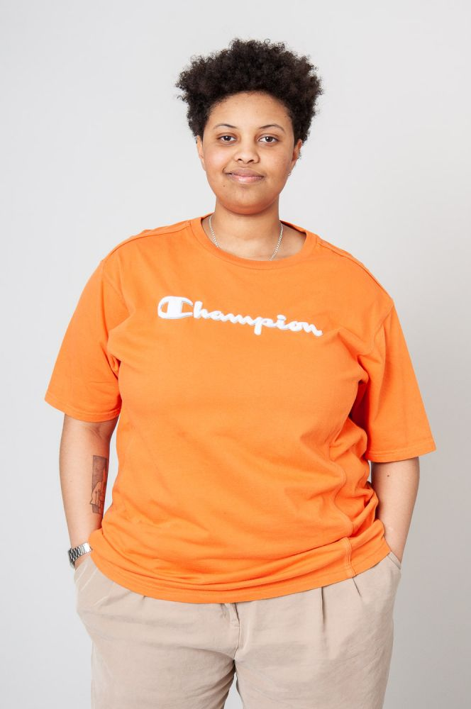 Champion T-Shirt 4