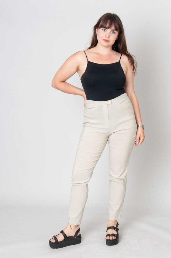 Two Buttons Slim Fit Hose High Waist